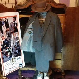 Other - Haggar 3 piece 100% wool suit
